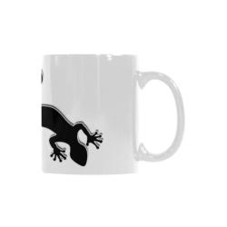 RUNNING GECKO with footsteps black Custom White Mug (11OZ)