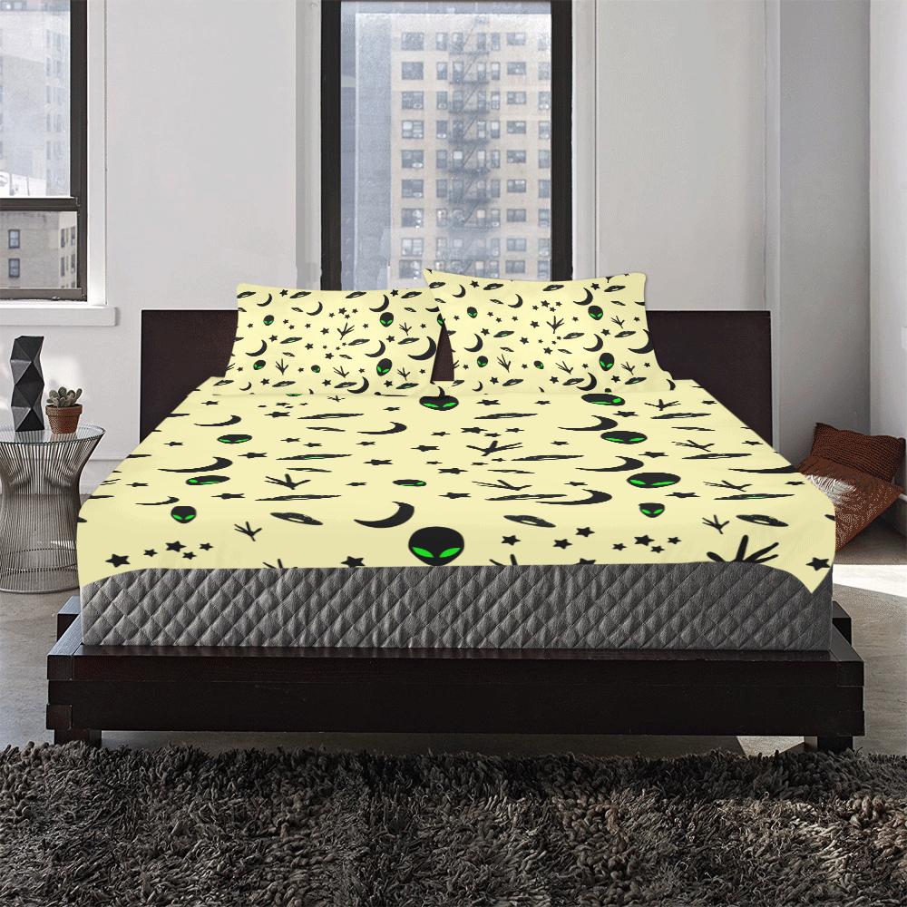 Alien Flying Saucers Stars Pattern Yellow 3-Piece Bedding Set