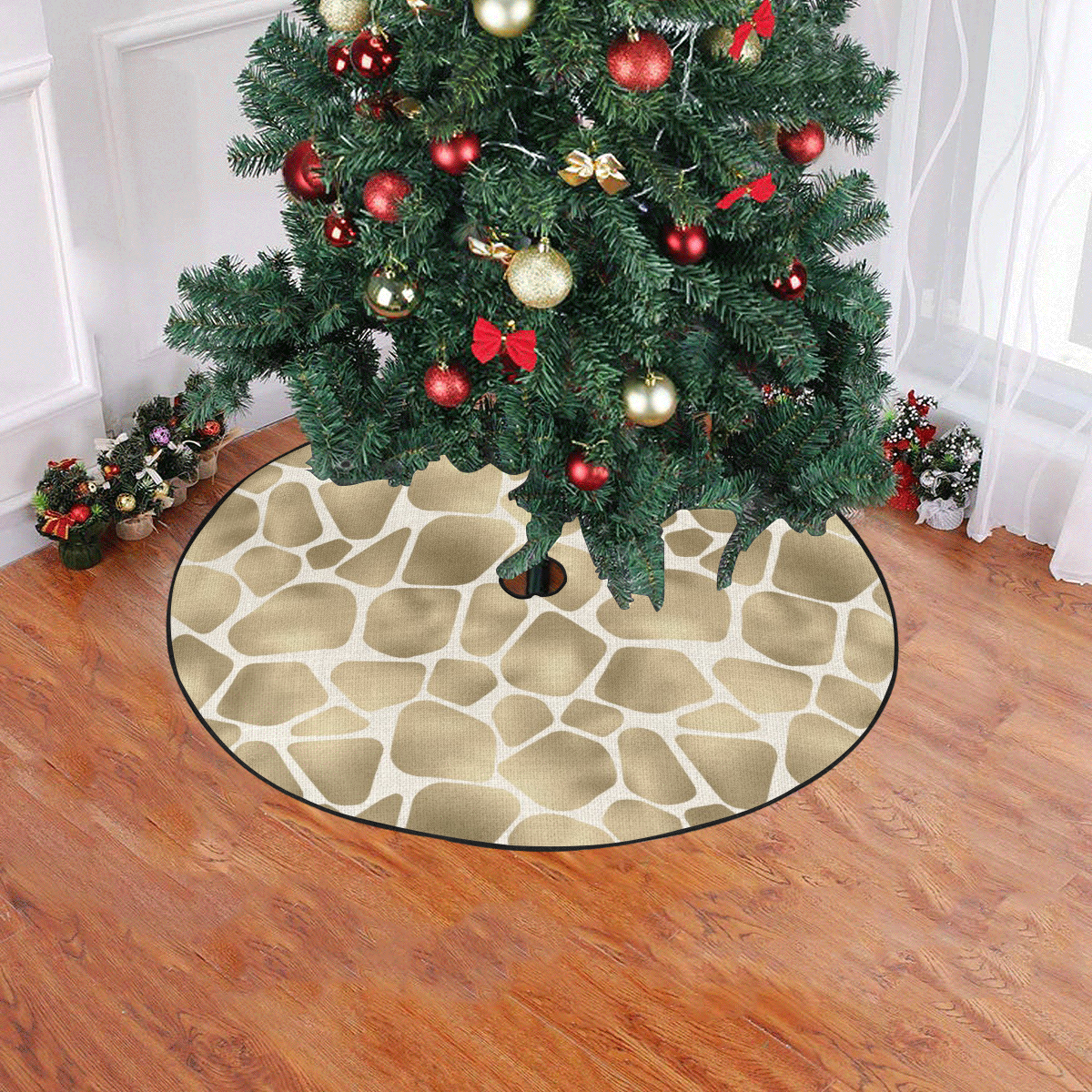 "Linen Giraffe Print Christmas Tree Skirt 47"" x 47"""