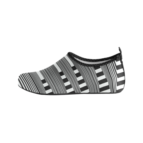 Can't make up my mind Women's Slip-On Water Shoes (Model 056)
