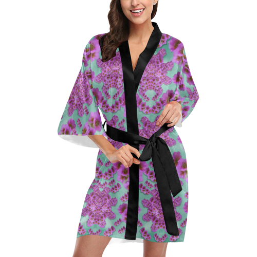 climbing and loving flowers of fantasy floral Kimono Robe