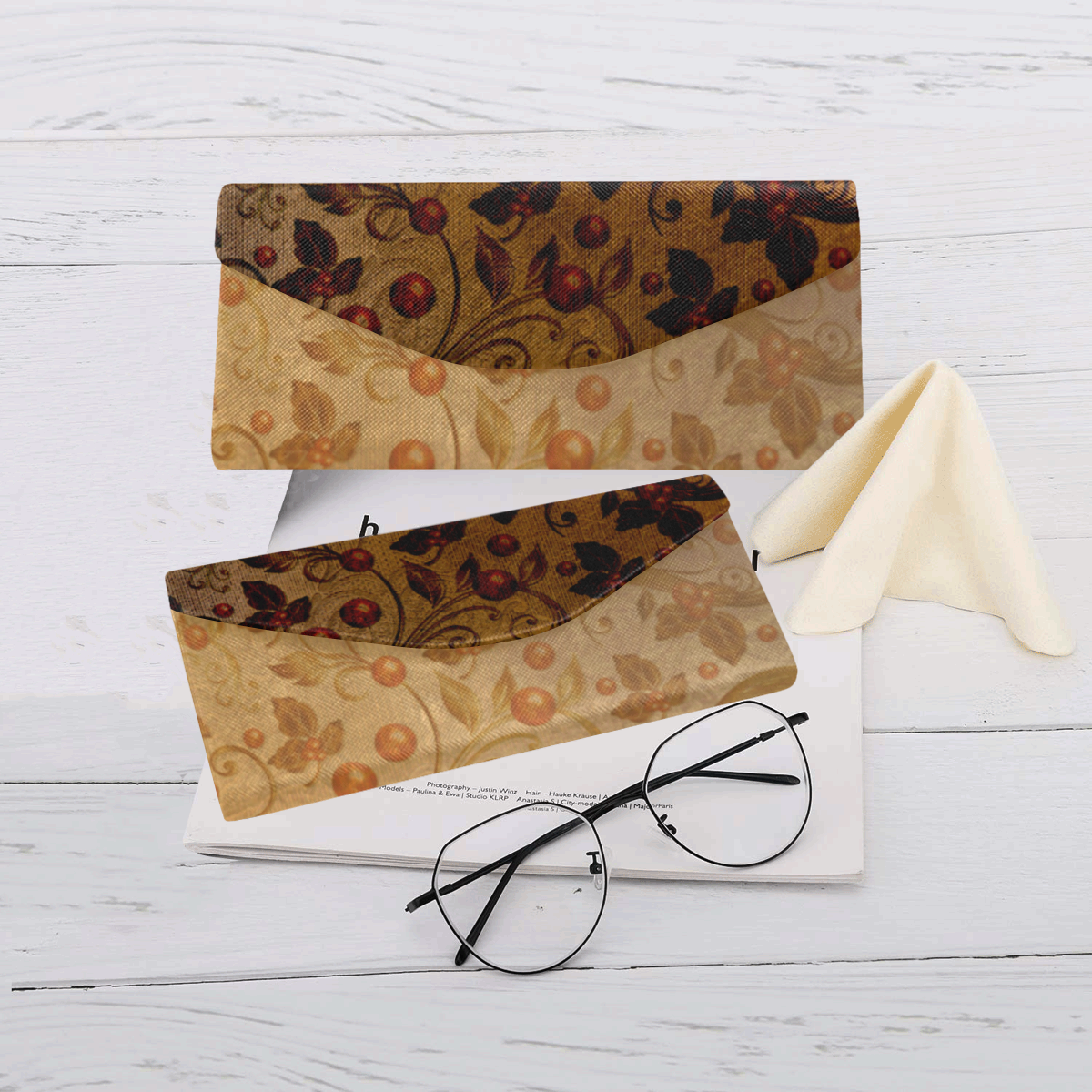 Wonderful decorative floral design Custom Foldable Glasses Case