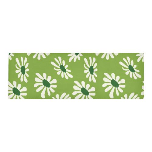 White daisy Area Rug 10'x3'3''
